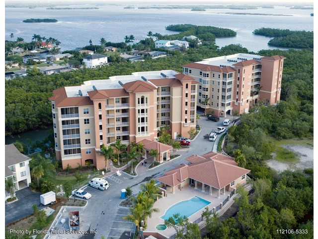 Ft. Myers Beach Condo